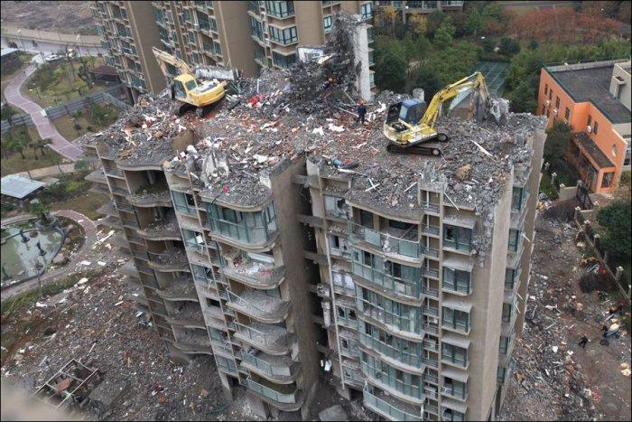 Строительство по-китайски (3 фото)