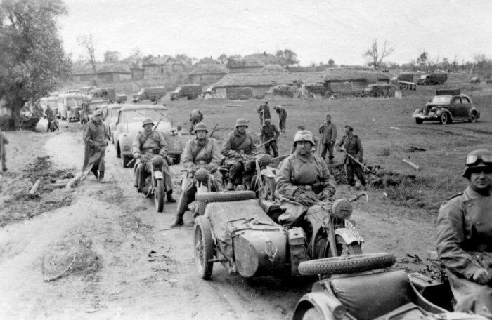 Первые дни войны (20 фото)