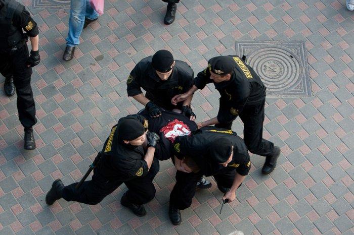 Работа милиции Беларуси (8 фото)