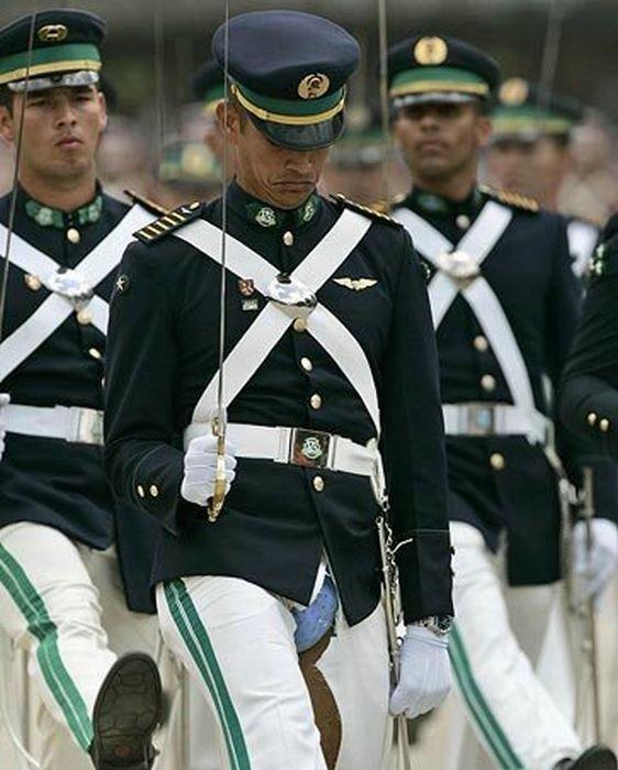 Армейские приколы (61 фото)
