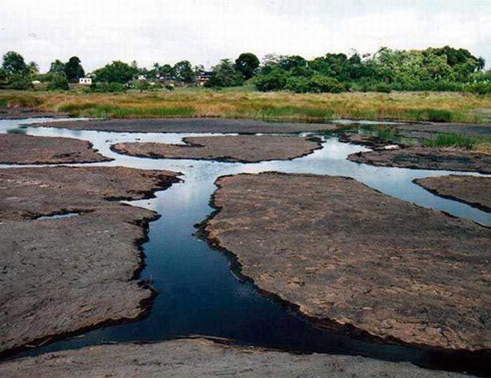 Озеро асфальта (18 фото)