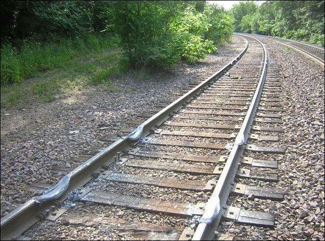 Пробуксовка поезда (3 фото)