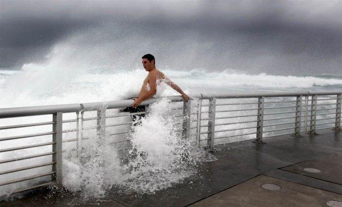Ураган Ирэн в США(39 фото)