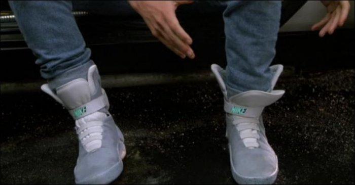 Кроссовки из фильма Назад в будущее (6 фото)
