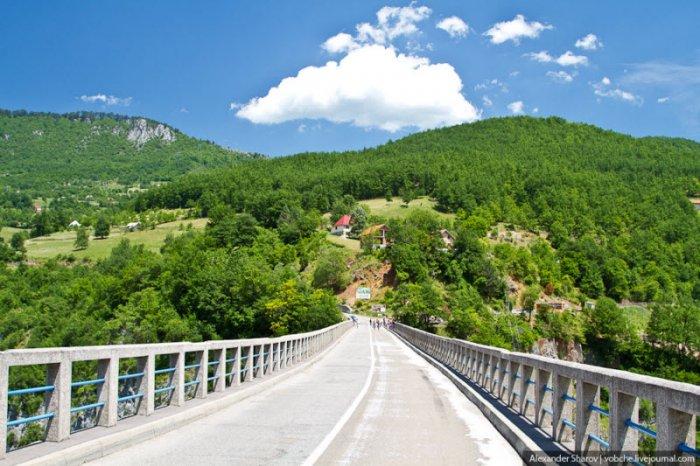 Самый высокий мост в Европе (5 фото)