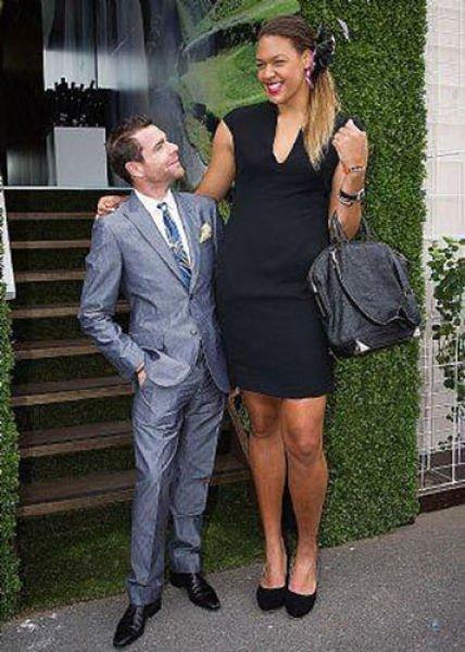 Самые высокие девушки в мире (50 фото)