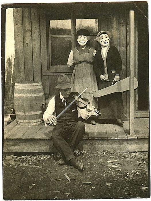Странные фотографии из прошлого (40 фото)