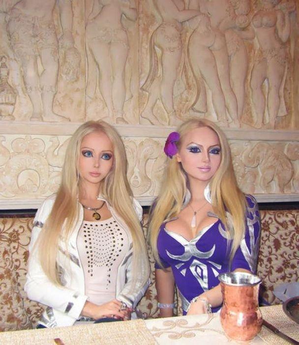 Живые куклы из Украины (11 фото)