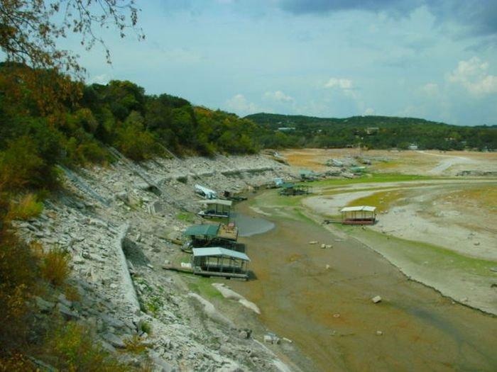 Исчезнувшее озеро (16 фото)