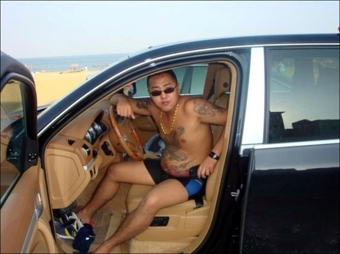Китайский мафиози (22 фото)