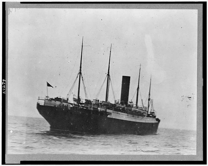Спасение людей с Титаника (20 фото)