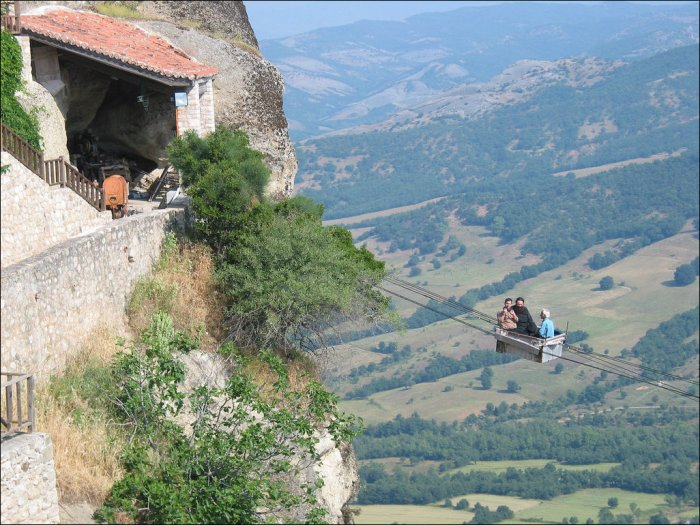 Канатная дорога в Греции (5 фото)