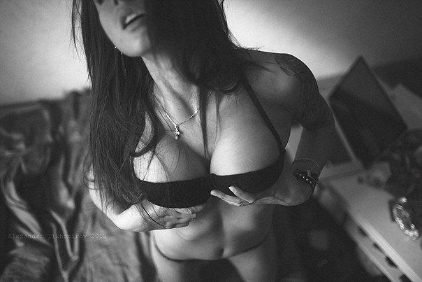 Эротичные фотографии девушек (57 фото)