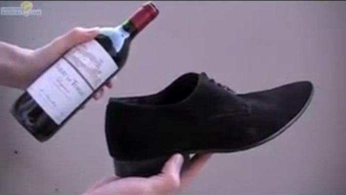 Как открыть вино без штопора (5 фото)