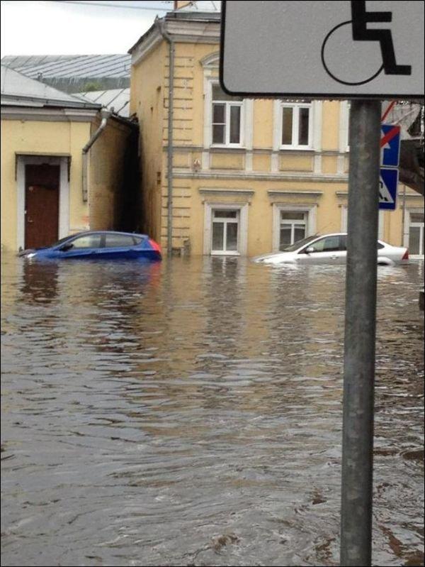 Потоп в Москве (12 фото)