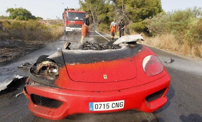 250 тысяч долларов в огне (7 фото)