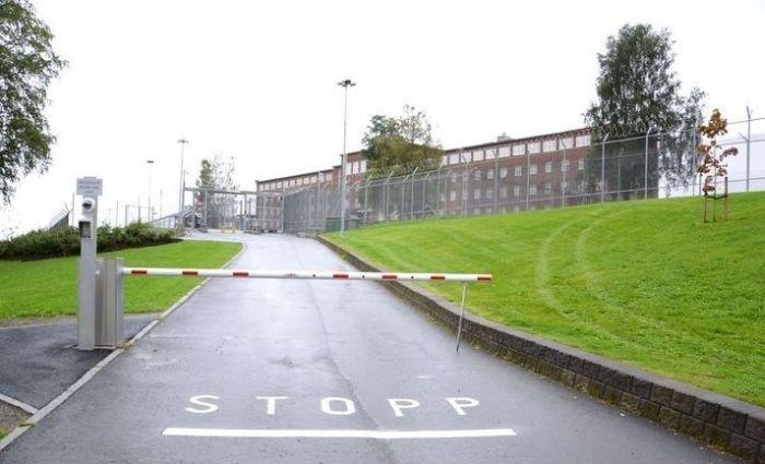 Тюрьма для Андерса Брейвика (12 фото)