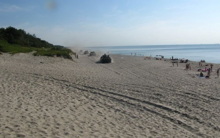 Случай на пляже (6 фото)