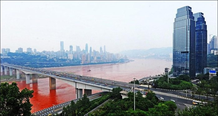 Красная река (8 фото)