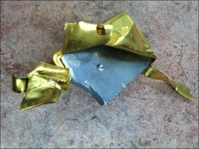 Поддельные слиток золота (4 фото)