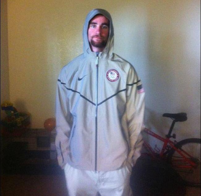 Светоотражающая куртка (4 фото)