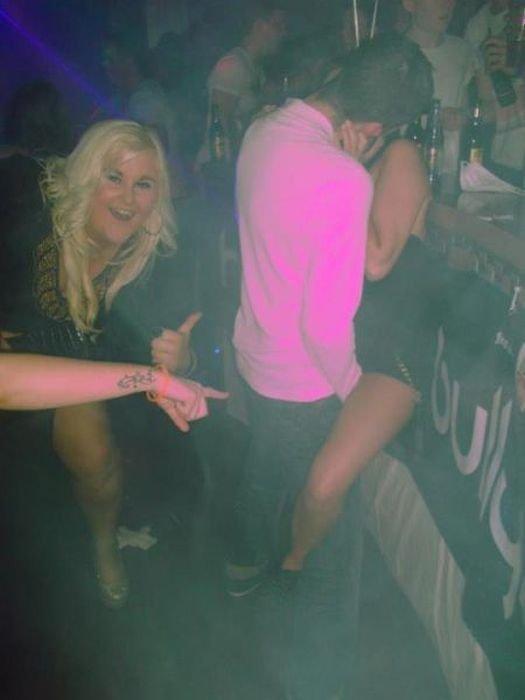 женские скрытая пьяные на дискотеке конец связи, нас
