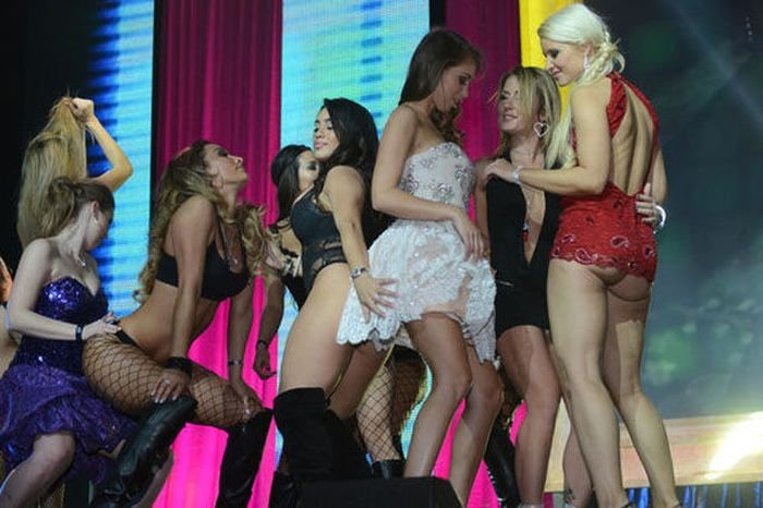 видео с наград порноиндустрии пизду друзей