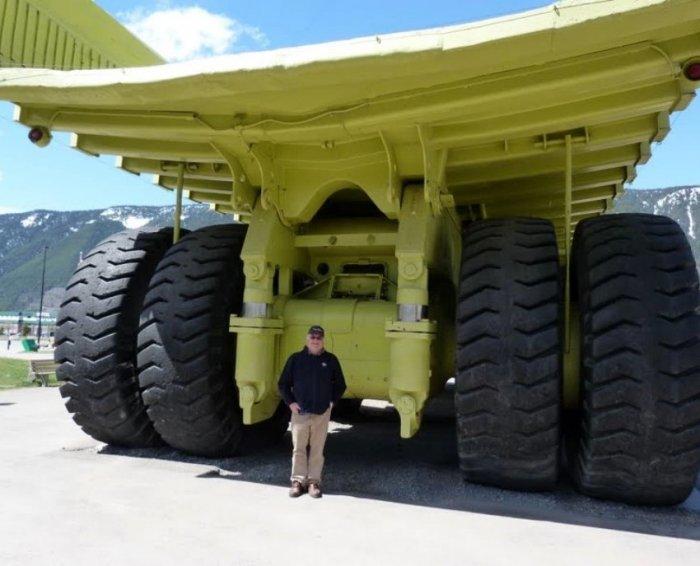 Огромные грузовики (29 фото)