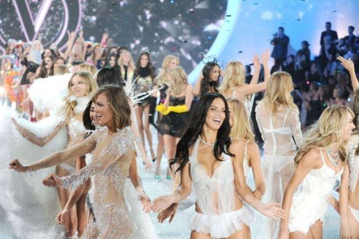Показ купальников Victoria's Secret (84 фото)