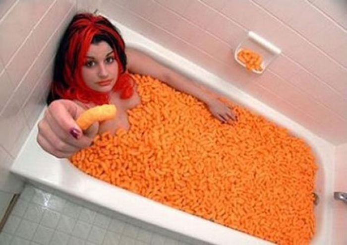 Необычное купание в ванной (39 фото)