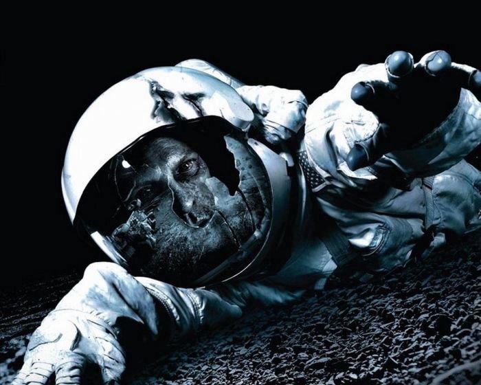 Что будет, если космонавта унесет в космос (3 фото)