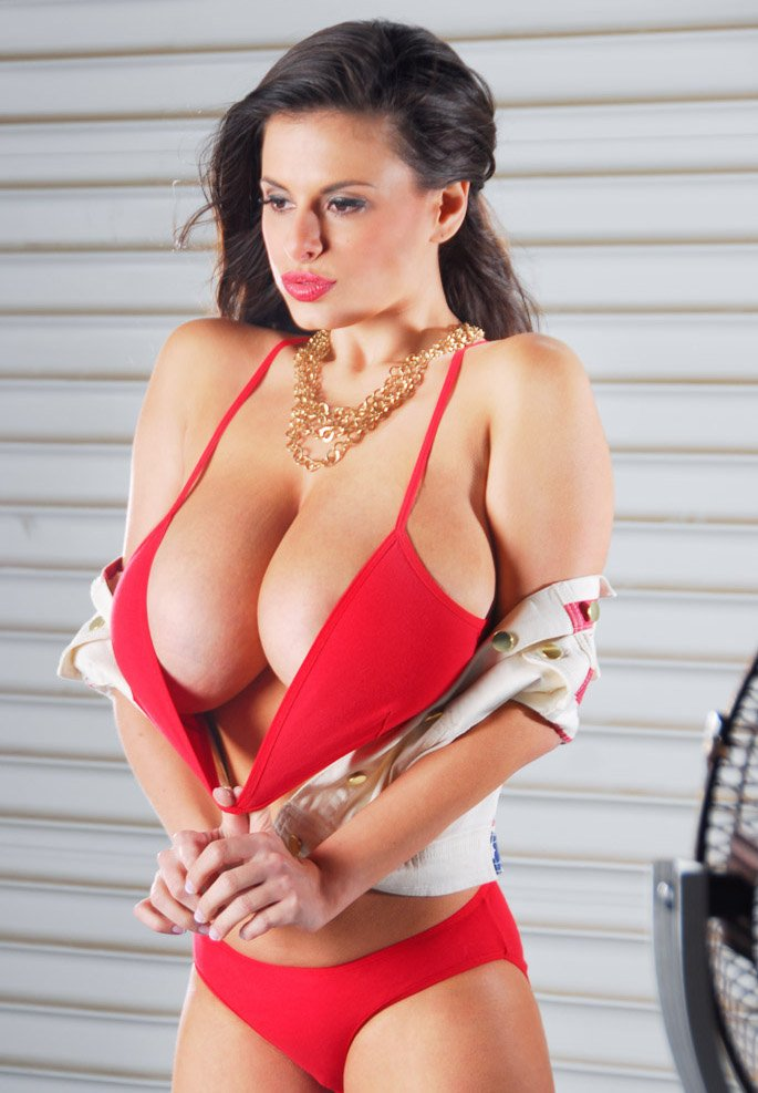 Венди Фиоре - модель с шикарной грудью (37 фото)