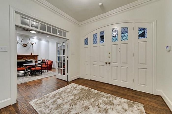 Чак Норрис продает свой дом (26 фото)