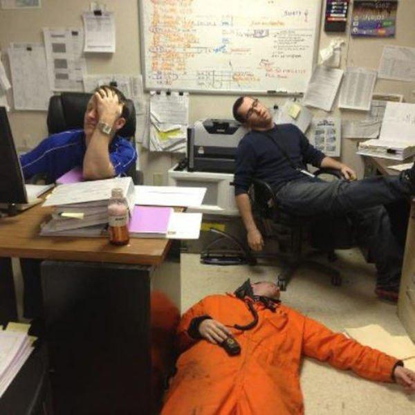 брату моему, смешные фото про работу в офисе сооружение, созданное честь
