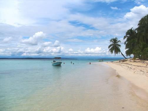 Звездный пляж в Панаме (13 фото)