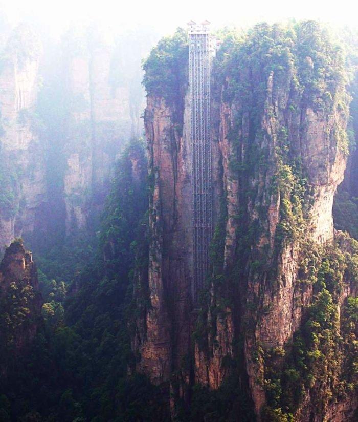 Самый высокий лифт в мире (7 фото)
