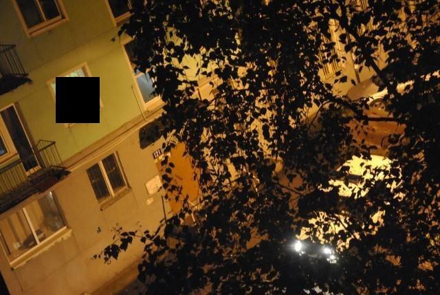 Вид на студенческую общагу (3 фото)