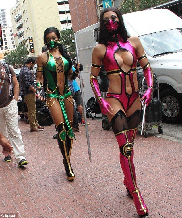 Крутой косплей в стиле Mortal Kombat (7 фото)