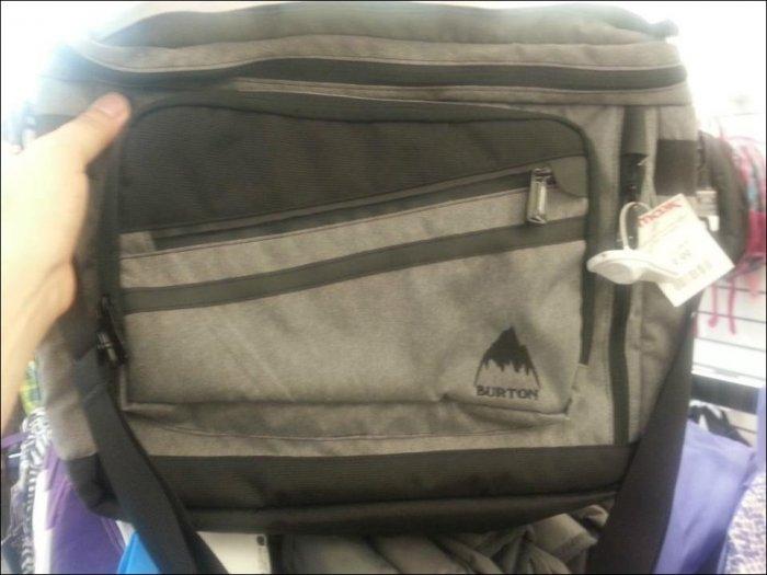 Сюрприз в обычном рюкзаке (5 фото)