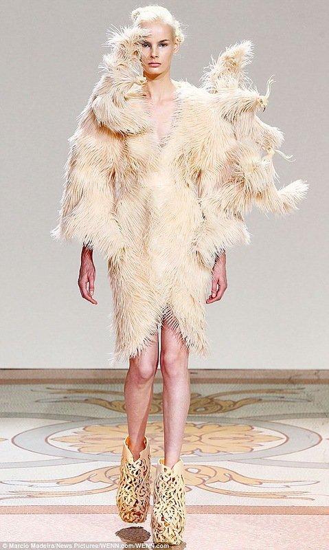Новые тенденции в моде (7 фото)