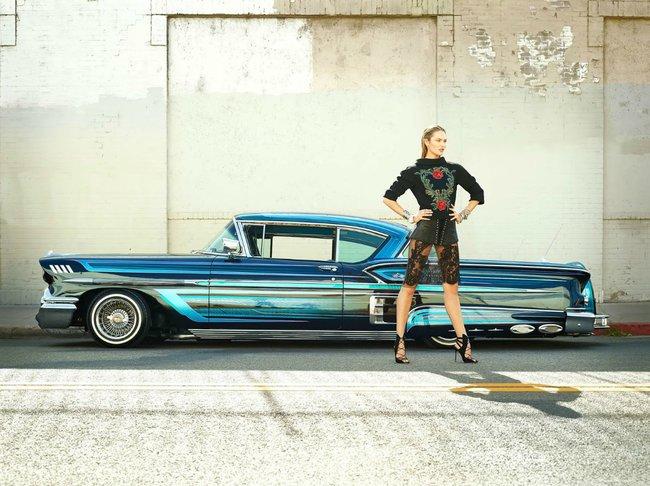 Кэндис Свейнпол в Vogue Россия за август (7 фото)