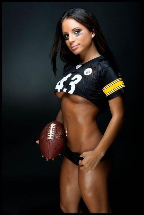 Сексуальные болельщицы NFL (93 фото)