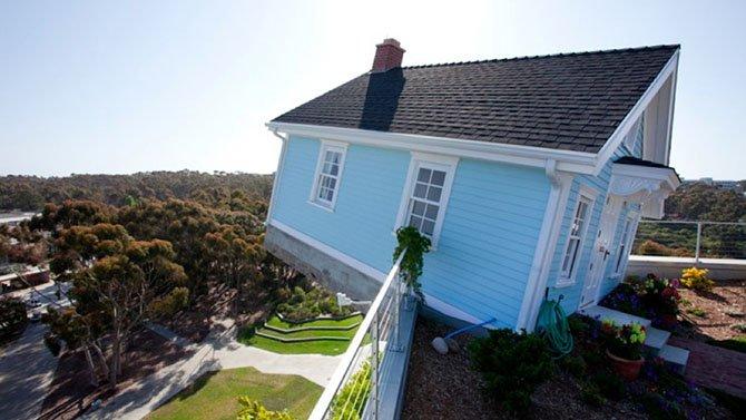 Дома на крышах (25 фото)