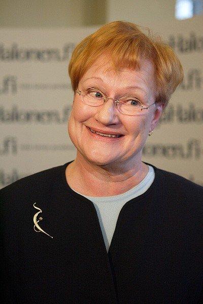 Хобби бывшего президента Финляндии (2 фото)