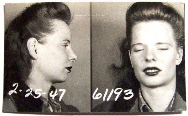 Преступницы прошлого (17 фото)