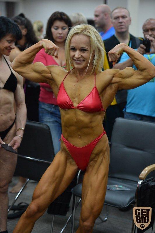 Чемпионат мира по женскому бодибилдингу (31 фото)