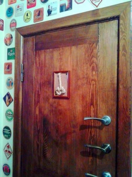 Мужской и женский туалет (4 фото)