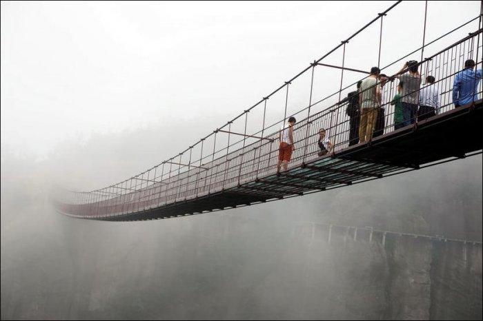 Мост не для слабонервных (7 фото)