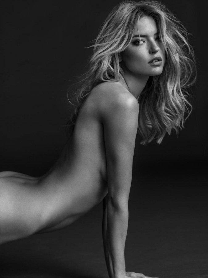 создали голые фотографии топ модели хотелось