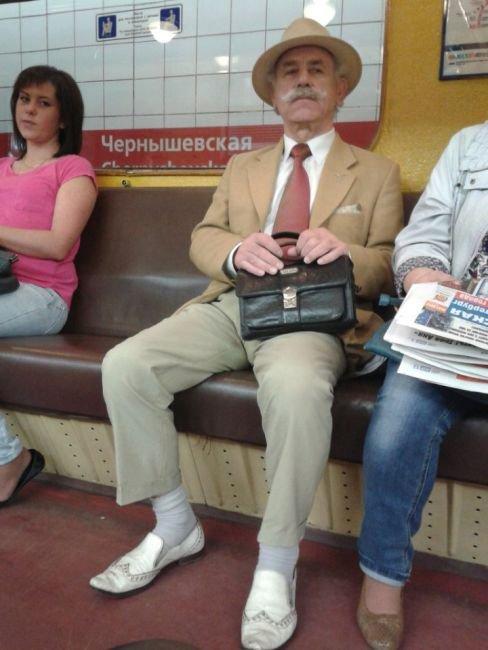 Модники в московском метро (35 фото)